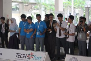 techfest-prasetiya-mulya-day-1-fast-furious-tracer-2016-00369