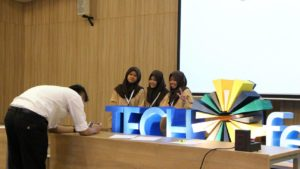 techfest-prasetiya-mulya-day-3-energy-for-sustainability-challenge-2016-00001