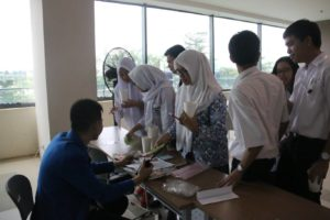 techfest-prasetiya-mulya-day-4-food-case-competition-2016-00008