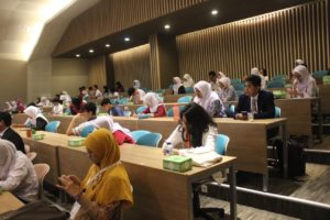 techfest-prasetiya-mulya-day-4-food-case-competition-2016-00009